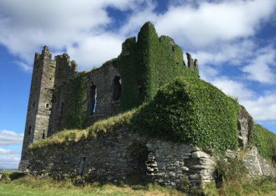 Entdecken Sie die alten Burgruinen