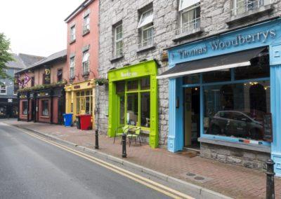 Malerische Straßen in Irland