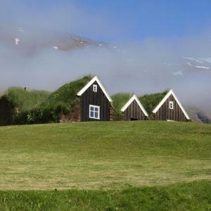 Busrundreisen Island Islandhaus