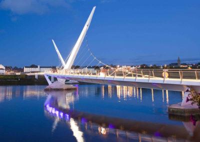 Friedensbrücke in Londonderry
