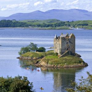 Autorundreisen Schottland Castle Stalker Loch Linnhe