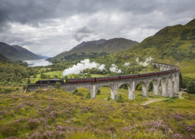 Jacobite Steam Train am Glenfinnan Viaduct