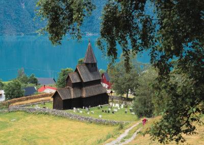 Stabkirche von Urnes am Sognefjord in Norwegen