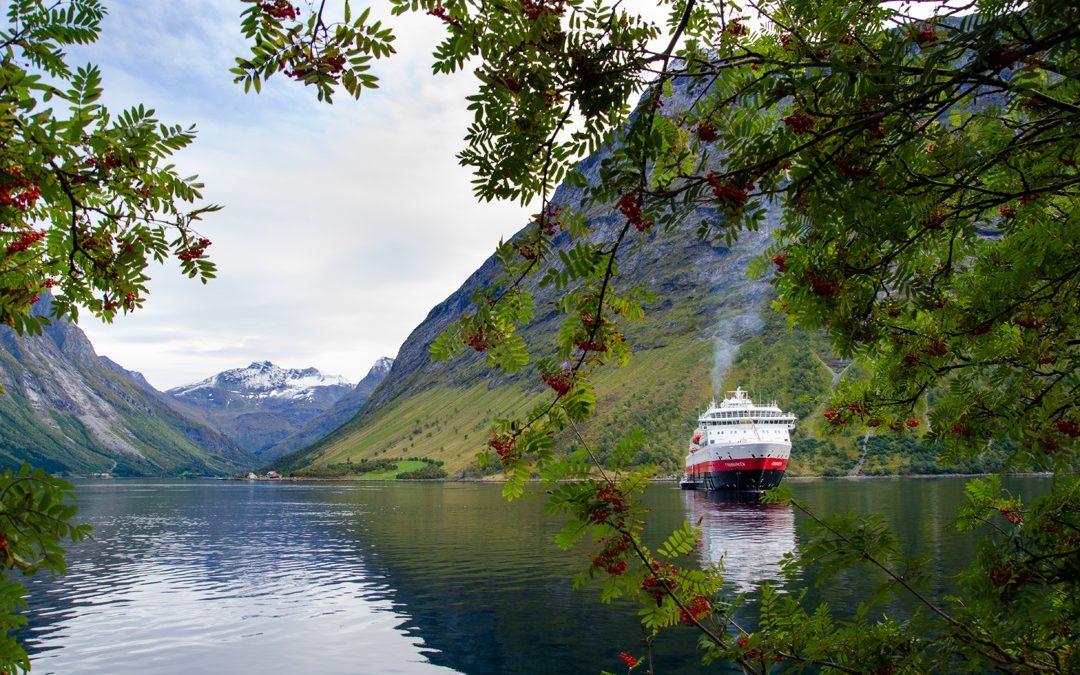 Trolle, Fjorde und ein Postschiff