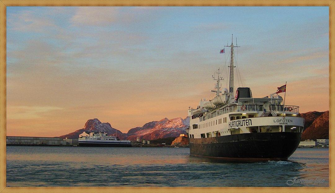Hurtigruten Geburtstagsspecial 50 Jahre MS Lofoten 2014