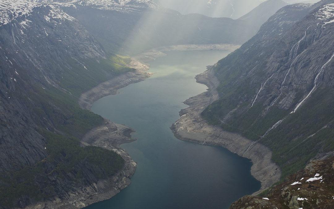 Leben über den Wolken – An den Steilhängen der Fjorde