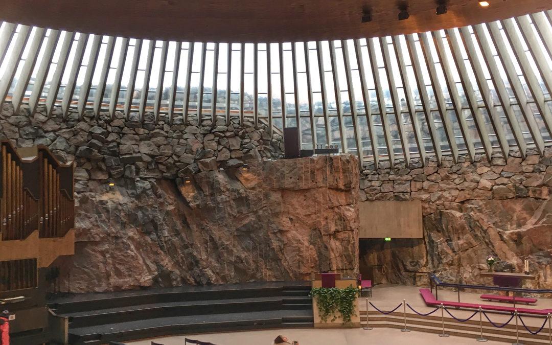 Exclusiv Reise nach Finnland: Felsenkiche in Helsinki