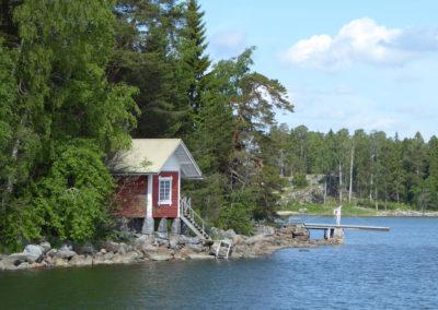 Fahrt durch die Kanäle und Schären von Helsinki