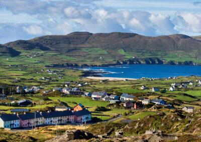 Ort Allihies auf der Halbinsel Beara im County Cork
