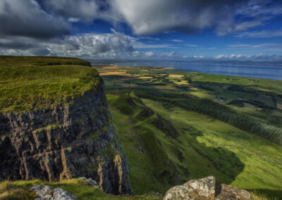 Binevenagh Mountain im County Derry/Londonderry