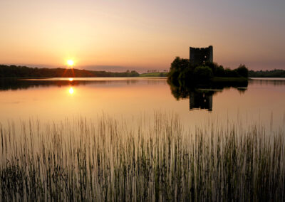 Cloughoughter Castle im Sonnenuntergang, County Cavan