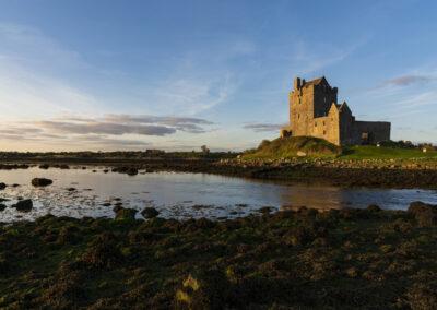 Abendstimmung am Dunguaire Castle im County Galway