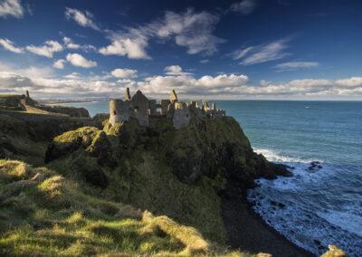 Dunluce Castle an der Küste des County Antrim