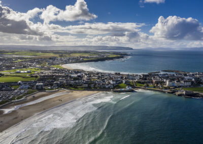 Blick über den East Strand von Portrush, County Down