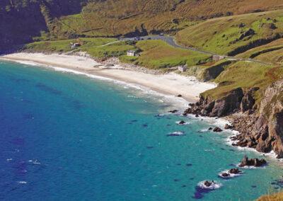 Blick auf Keem Bay, Achill Island, County Mayo