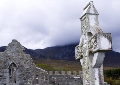 Murrisk Abbey am Croagh Patrick im County Mayot a