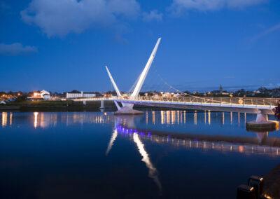 Die Peace Bridge in Londonderry