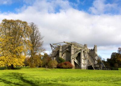 Teleskop im Garten des Birr Castle, County Offaly